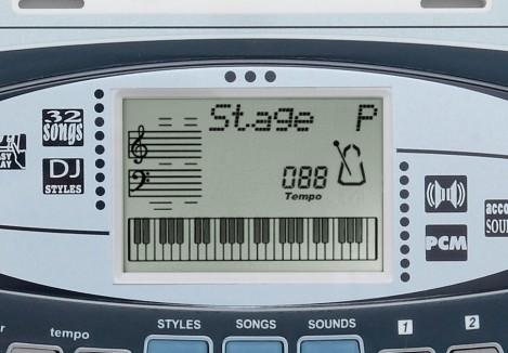 Imagine 2Orga digitala DJ cu 49 clape si amplificator