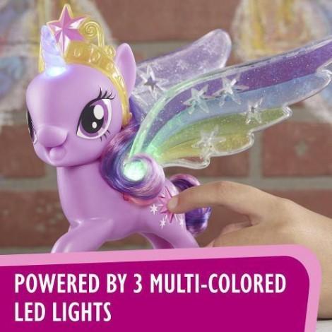 Imagine 2Figurina My Little Pony cu Aripi Stralucitoare Twilight Sparkle