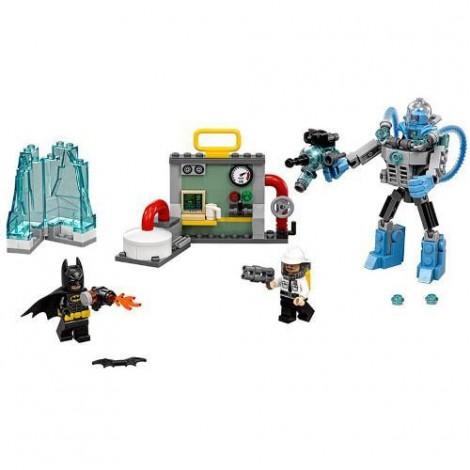 Imagine 2LEGO Batman Mr Freeze si Atacul Inghetat