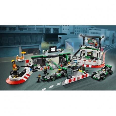 Imagine 3LEGO Speed Champions Mercedes AMG Petronas Formula One Team