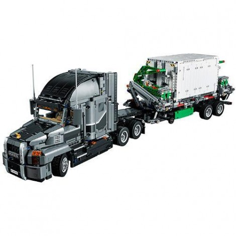 Imagine 2LEGO Technic Mack Anthem