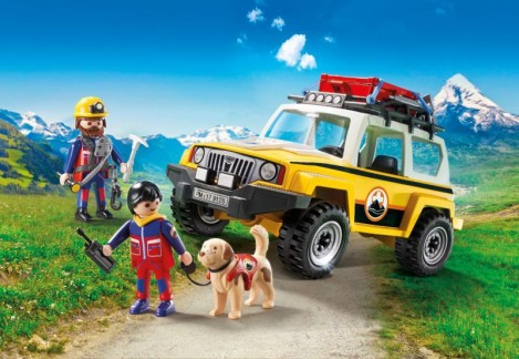 Imagine 2Salvatori montani cu camion