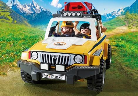Imagine 4Salvatori montani cu camion